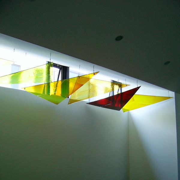 19.07.2006 – 19.07.2006 – Glassegelinstallation von Alois Landmann in der Kapelle St. Elisabeth im Kloster Hegne